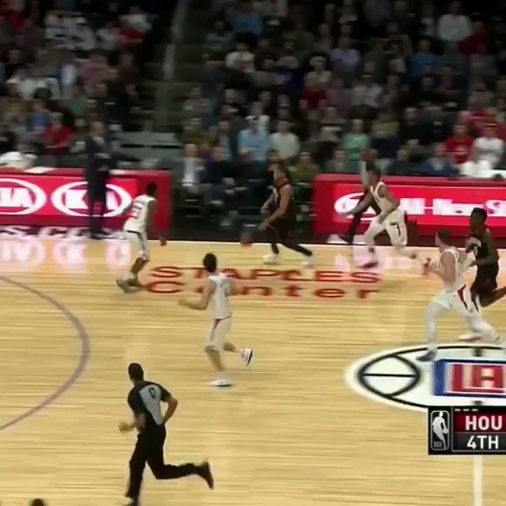 Things got heated in CP3's return to LA. https://t.co/XmM5YvLAeU