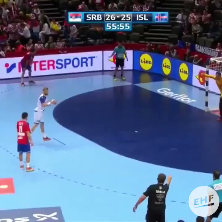 This is why you NEVER give up on a play #SCtop10 https://t.co/5LNNTlEseN