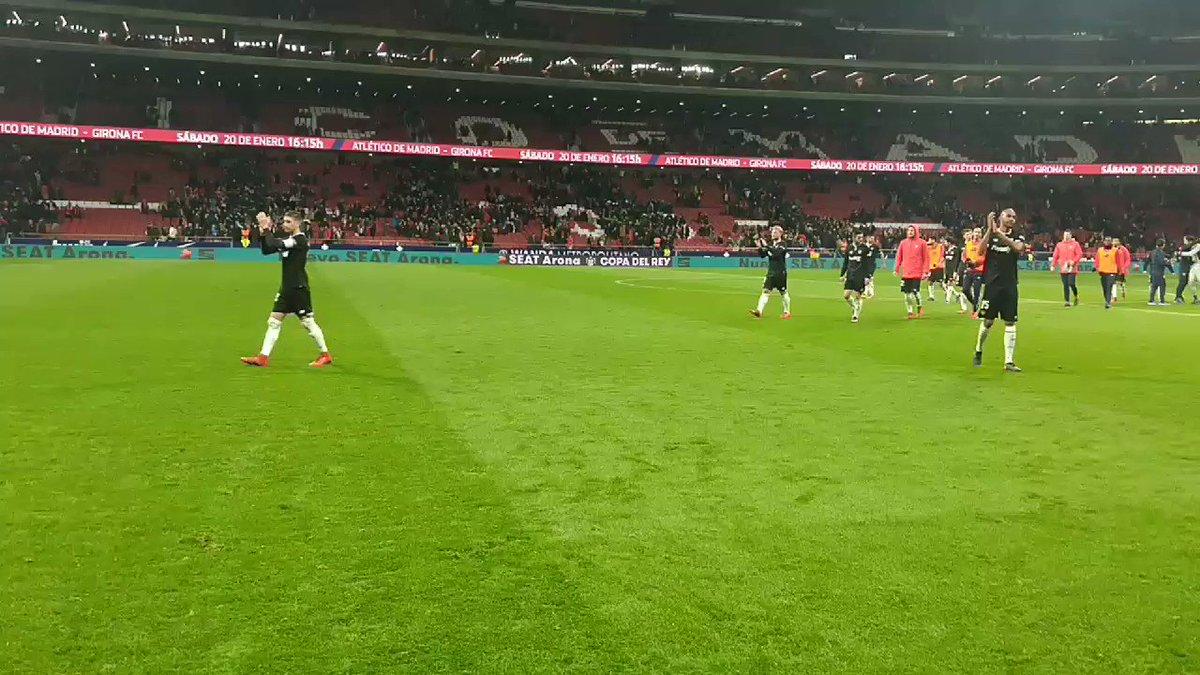 RT @SevillaFC: ¡GRACIAS AFICIÓN! ❤ https://t.co/Wm4ua3ZjLv