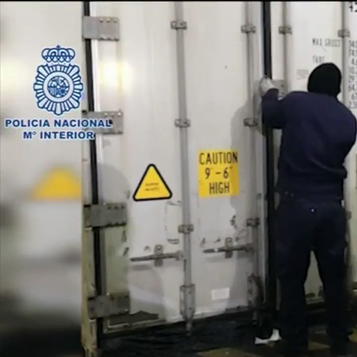 Police in Portugal and Spain have seized cocaine hidden inside fresh pineapples������ https://t.co/IjtLUhPLGM