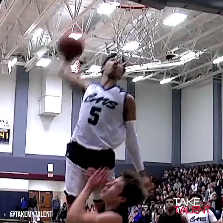 RT @TakeMyTalent: #KUbball Signee Quentin Grimes SMASHES One Handed Alley! @qdotgrimes #takemytalent https://t.co/Ky8xLzBaZ3