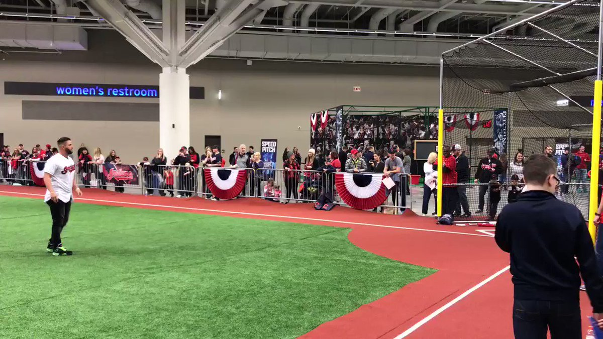 Will at the plate with an awesome pitcher... #TribeFest https://t.co/yR6bKeypv4