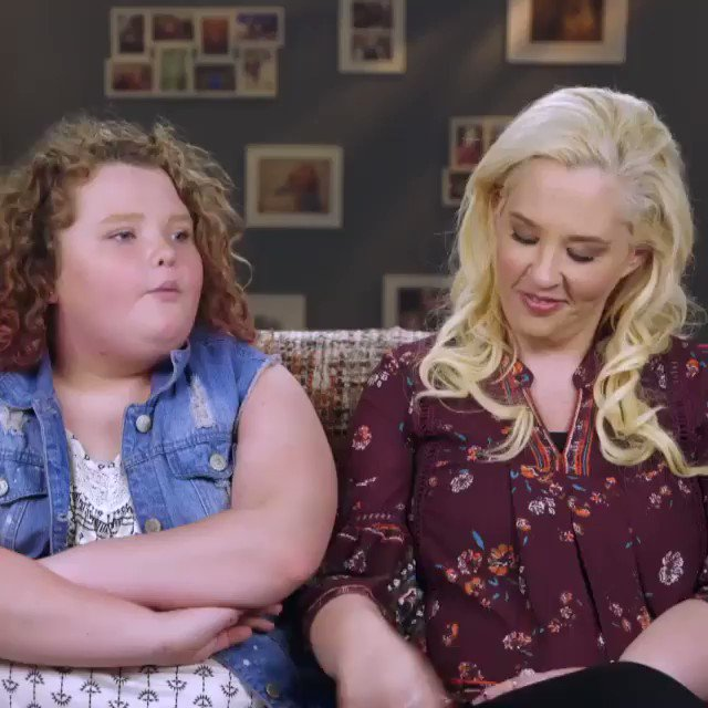 You can't pull a fast one on Boo Boo. #MamaJune #FromNotToHot https://t.co/ogPy7I7Wte
