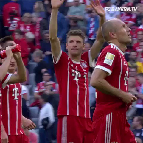 Thanks for your incredible support again today, #FCBayern fans! #MiaSanMia #FCBSVW https://t.co/QLVZulFZc5