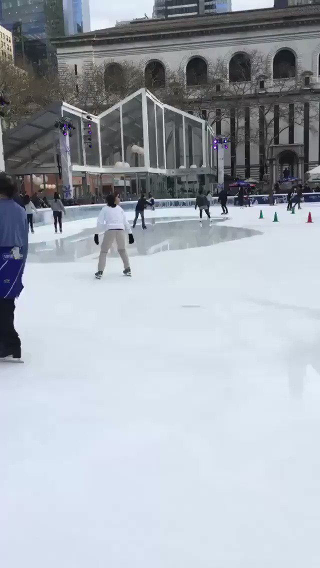 The ice has melted in Bryant Park but people are still skating according to my boomerang gif #ej18 https://t.co/8wUvYqMsOc