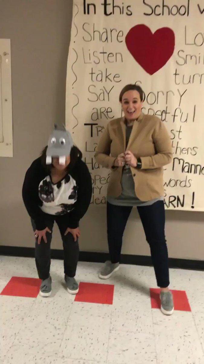 @ZundyElementary celebrates @CincinnatiZoo Fiona's 1st �� birthday in style! @rehernandez86 #teamfiona #hippoobsessed https://t.co/0XPDQIMy9w