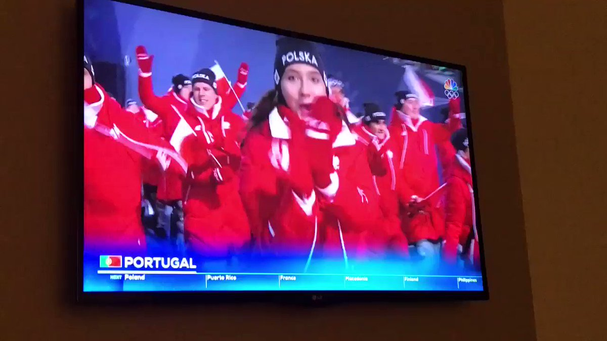 Go Polska!! @NBCOlympics https://t.co/vgxLhSIQsH