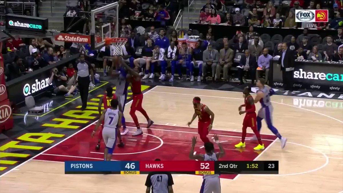 Blake Griffin got T'd up for throwing the ball at Dennis Schroder's head. �� https://t.co/J2WMQTDEOA
