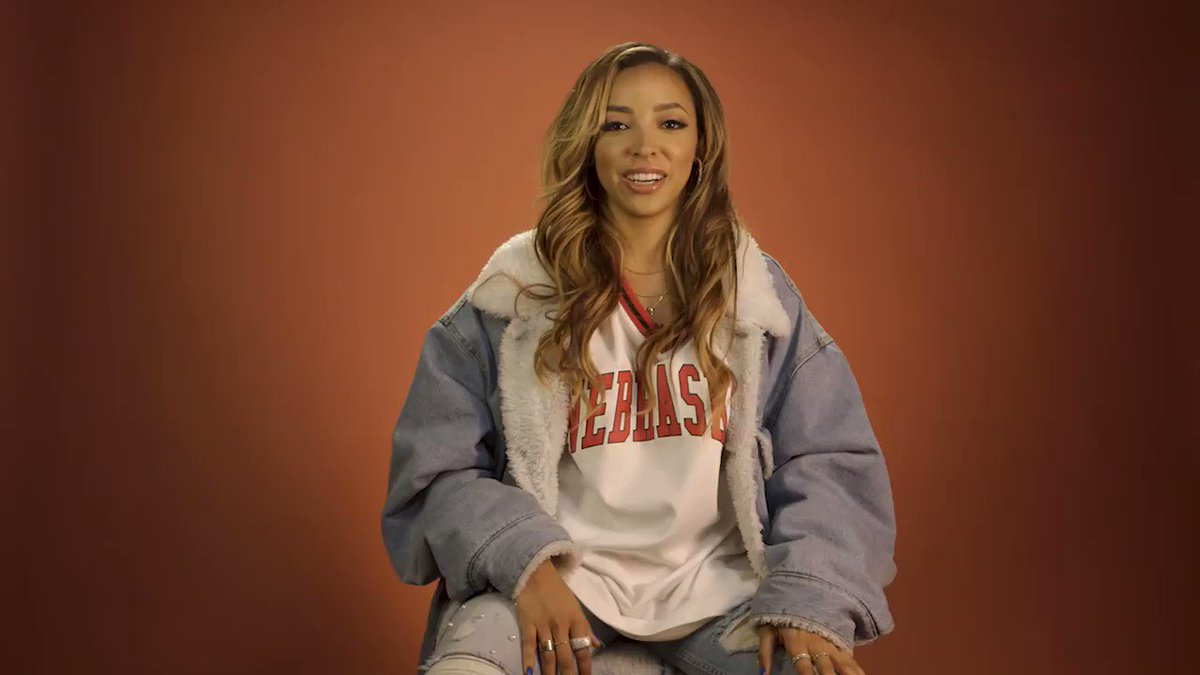 .@Tinashe explains why Takeoff is her favorite member of Migos. https://t.co/IBVUBkmXUO https://t.co/kNcKjE5Efl