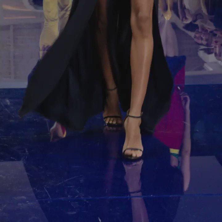 #RLSpring2018 in full swing. A fluid, leg-baring pant meets the iconic RL Blazer. https://t.co/1EpRzufxEE