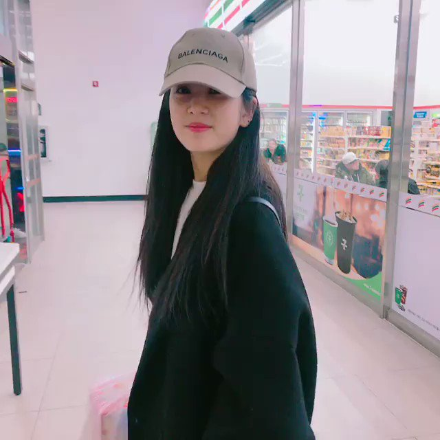 RT @ApinkSnaps: [CHORONG INSTAGRAM(V)] mulgokizary: 슬퍼하지마 Nonono-🎶 https://t.co/kYdwqv5yVO #kpopsnaps https://t.co/9DASxH8rOu