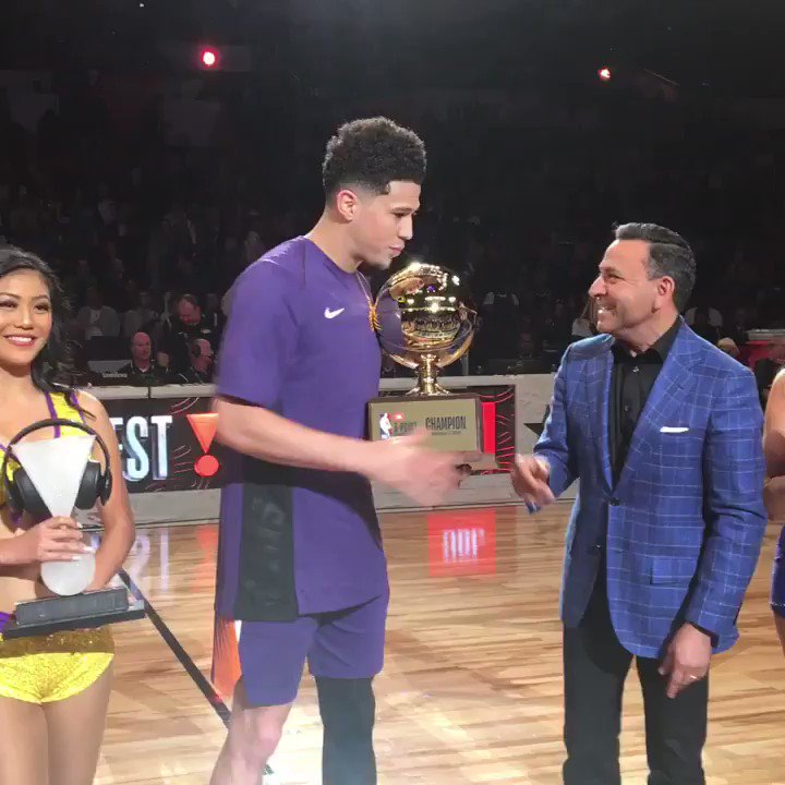 Devin Booker wins the 2018 #JBL3PT competition! https://t.co/rSG9HXnZzD