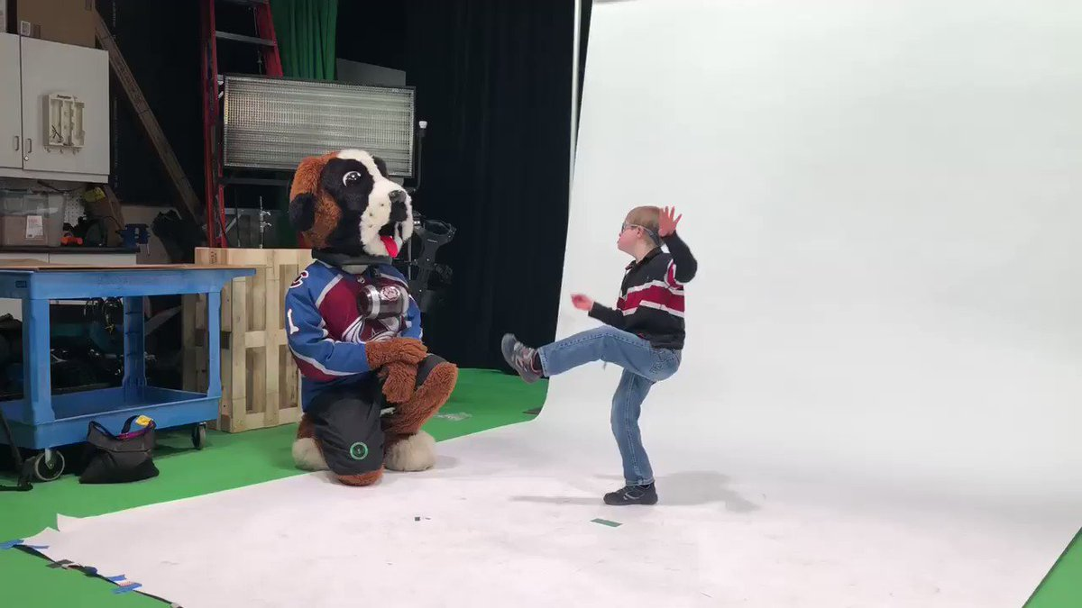 Dance Off with @AvsBernie! @SpecOlympicsCO Young Athlete Drake is getting ready for the @Avalanche Charity Brunch! #GoAvsGo #YoungAthletes @KSE_Charities https://t.co/VCd3ltFx6R