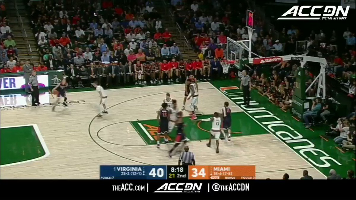 .@UVAMensHoops' De'Andre Hunter can FLY. https://t.co/eAYNzTYImT