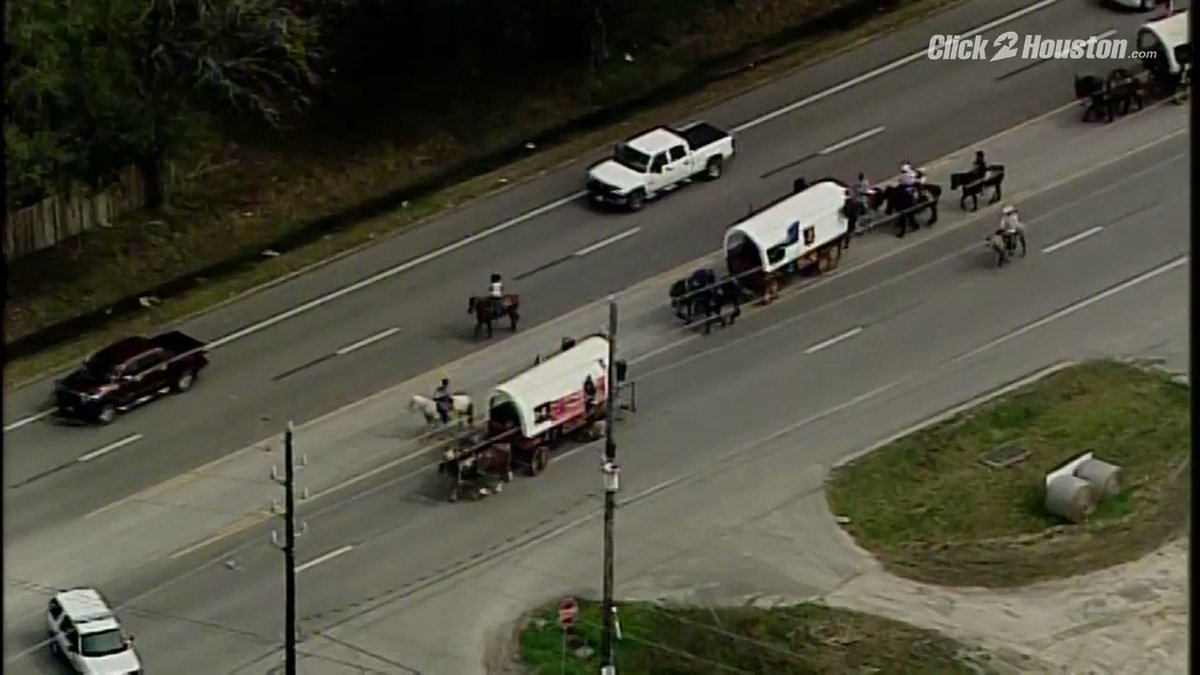 TRAIL RIDE! Watch out for the occasional wagon train today as the trail riders make their way into the Houston area! More #Rodeo: https://t.co/VGDzrfCBBP #KPRC2 https://t.co/KPHqO1uzmk