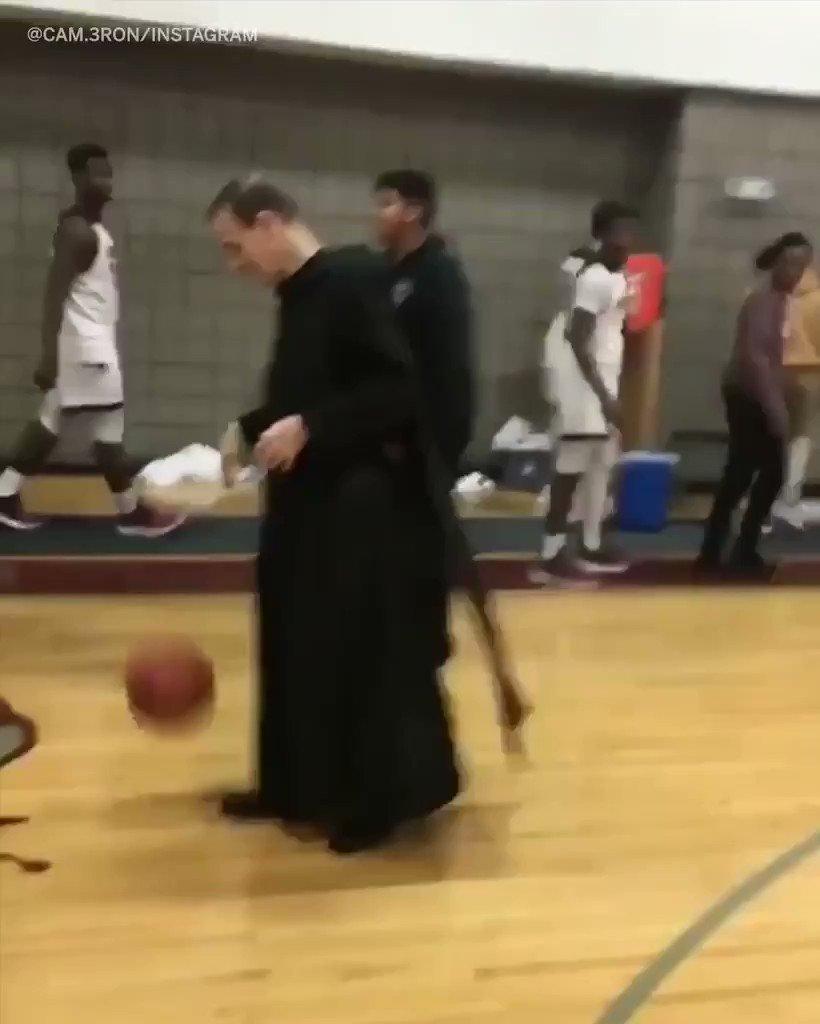 Holy hook shot. https://t.co/DVdlOkRJXE