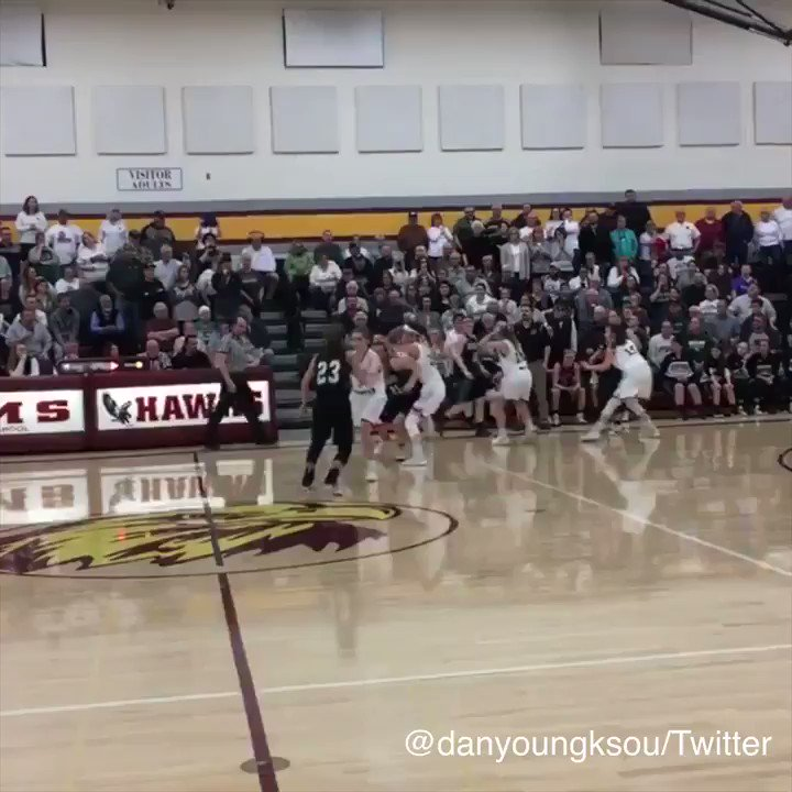 The announcer's reaction is almost as good as this one-handed buzzer-beater. https://t.co/h8sdWHU62N