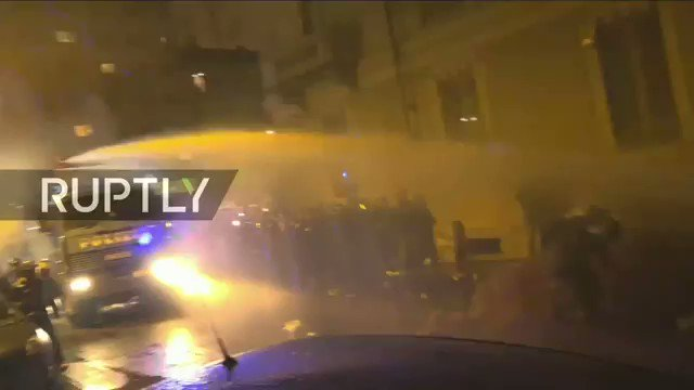 #Turin - Tear gas, water cannons as Antifa rallies against CasaPound   LIVE: https://t.co/EdFjD5xQeE https://t.co/BZPgPYK94a