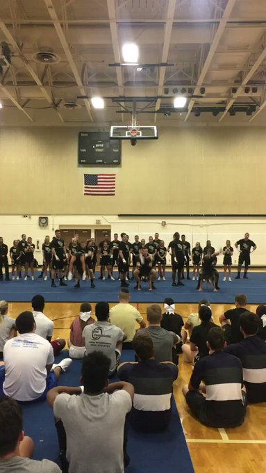 RT @UCF_CheerTeam: Having a little fun in our intros at our CoEd College Prep Clinic 💛⚔️🖤 https://t.co/DdyfCStQOJ