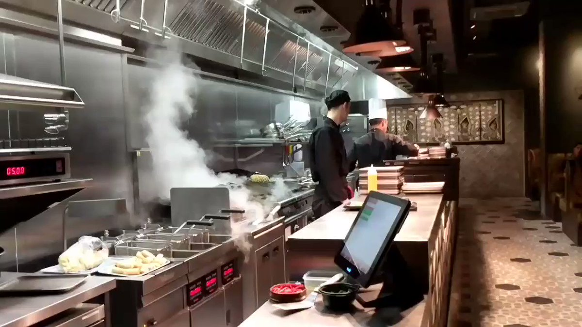 The @yumsarestaurant chefs did t