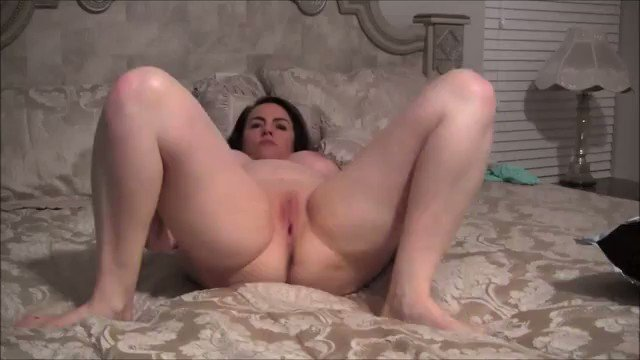 Pussy Rubbing With Feet Up 1clwut0DIq Swo22hhIyU