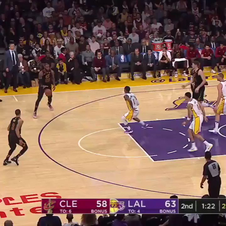 It's okay if you missed this ... the Lakers did too. https://t.co/Qi0ZmNbHiQ