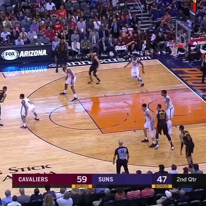LeBron threw it like it was a baseball. �� https://t.co/Vyq1gEw66q