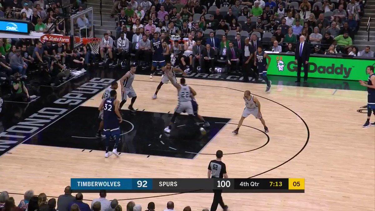 Rudy block. LaMarcus Jam.  #GoSpursGo out and running on @NBATV https://t.co/tTWkS8Yfha
