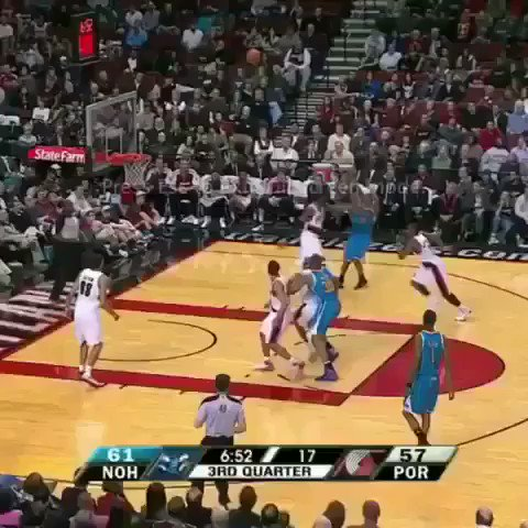 (2011) Happy birthday to Andre Miller! Never forget when he faked a timeout and got an easy layup.
