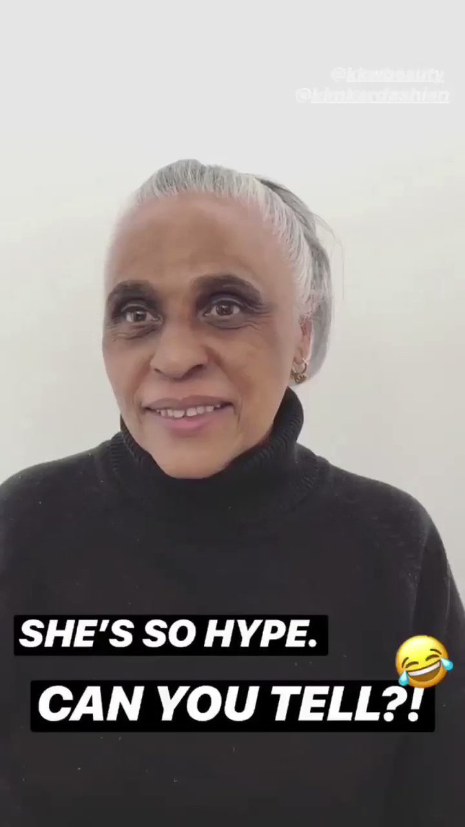 This is SO cute, @ponyy_boyy!! Love that you showed grandma how to #ConcealBakeBrighten with @kkwbeauty ❤️❤️ https://t.co/68aizKHdB5