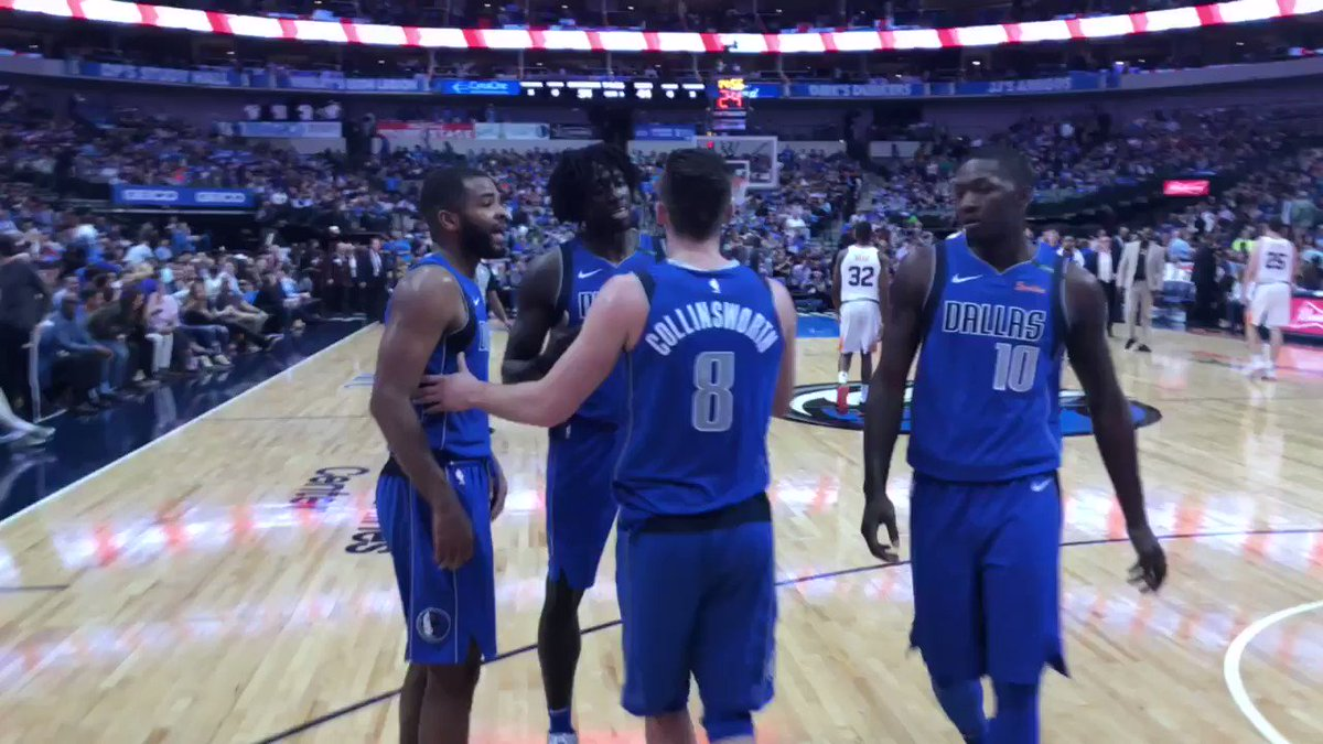 Mavs on top of @Suns 54-44 at the half. #DALvsPHX https://t.co/IeL0LDQuyj