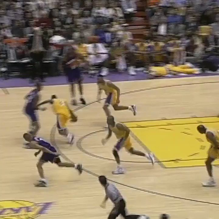 #TheJump Distant Replay: 21 years ago today, Eddie Jones finessed this finger roll. https://t.co/HMJLRWTv3f