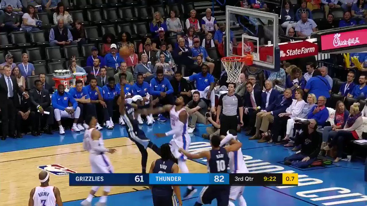Rebound number 16 makes #Hist0ry https://t.co/wuS0Bz0pz2