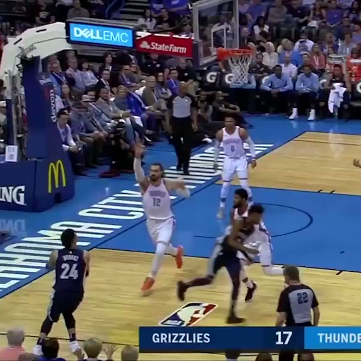 When every rebound counts. https://t.co/2CdUexJlgu