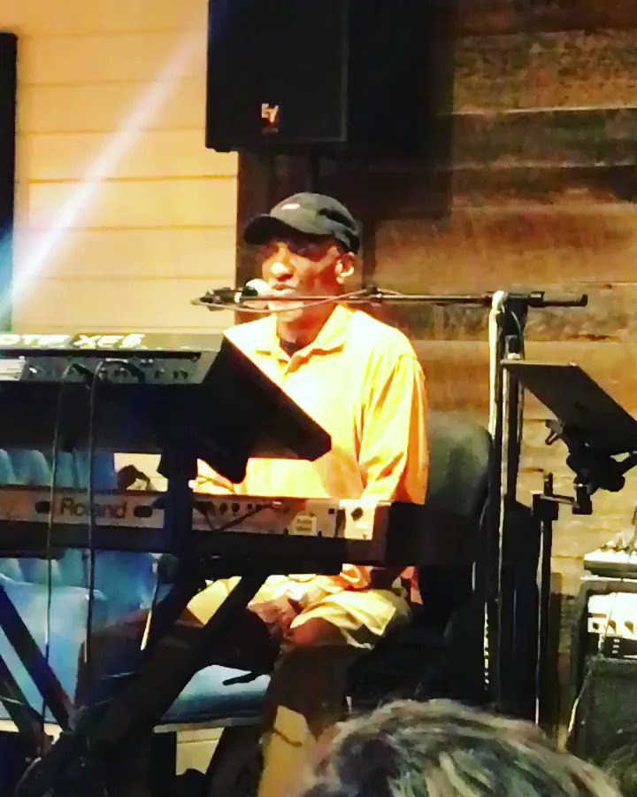Last night hanging and hearing my Grandpa do his thing @butchlucas �������� https://t.co/aKDeyvK8P2