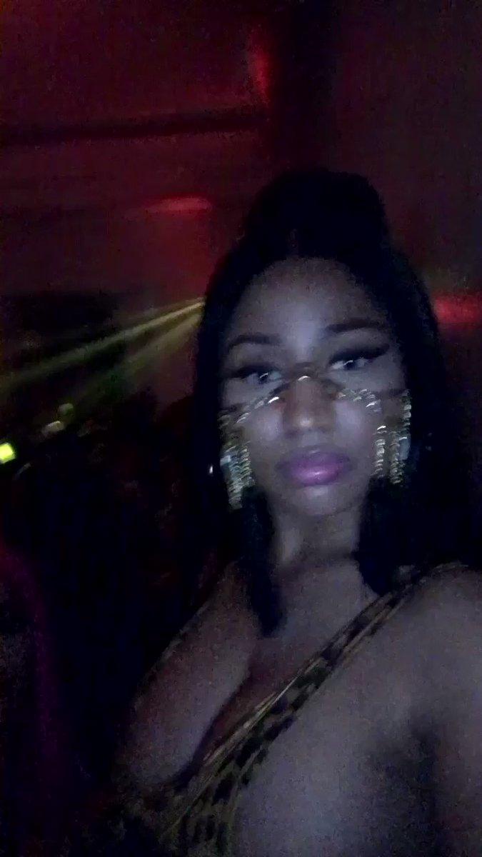 #Coachella #Anybody #ChunLi #BarbieTingz https://t.co/nY1fnbetLr