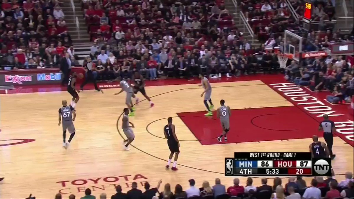 The Beard put the Rockets on his back with 12 straight points in the 4th �� https://t.co/OPPmmubhcA