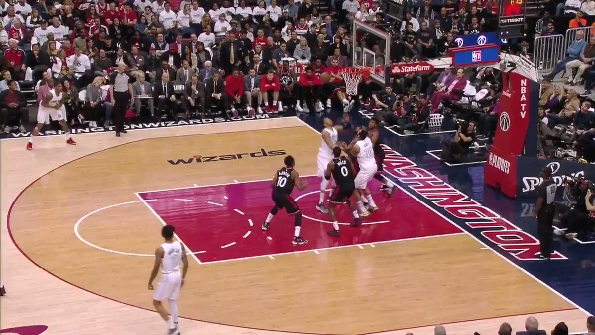 The @Raptors start Q4 on an 11-4 sprint!  TOR cuts the lead to 14 on ESPN2 with 7:05 to play.  #WeTheNorth https://t.co/CeVSBoi5aS