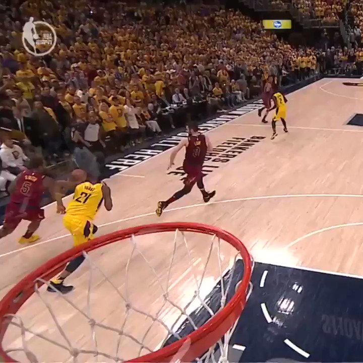 Jordan Clarkson had space in the final seconds of Game 3. https://t.co/6F23uE36oT