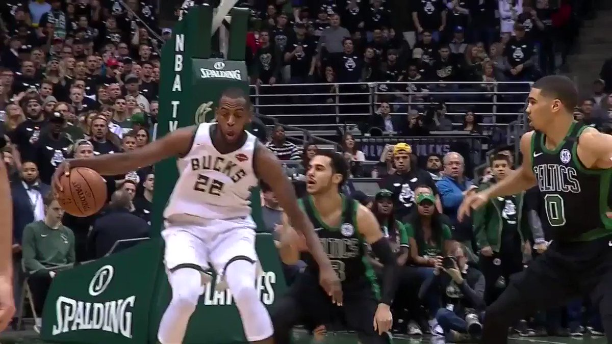 Selling the pump fake! ��  #FeartheDeer https://t.co/9LYteNH3xE