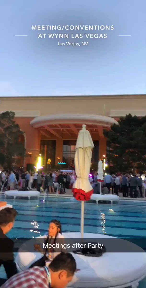 miverma: #MagentoImagine Evening party looking great https://t.co/V3SK3qfdQ8