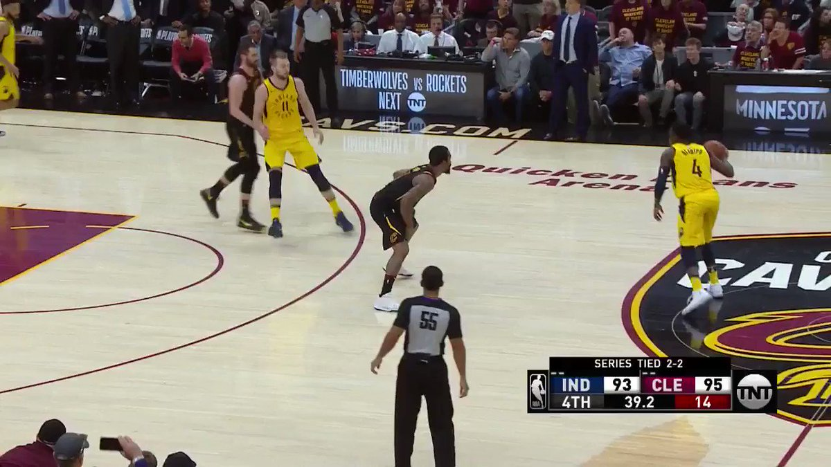 Clutch bucket for Sabonis! #Pacers https://t.co/nDK8lnp3XW