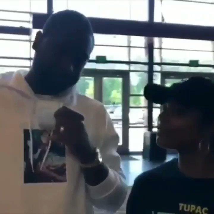 Pay it forward ???? #BreakingInMovie fun with @DwyaneWade in Georgia during a break between AAU games https://t.co/jn39jsk40J