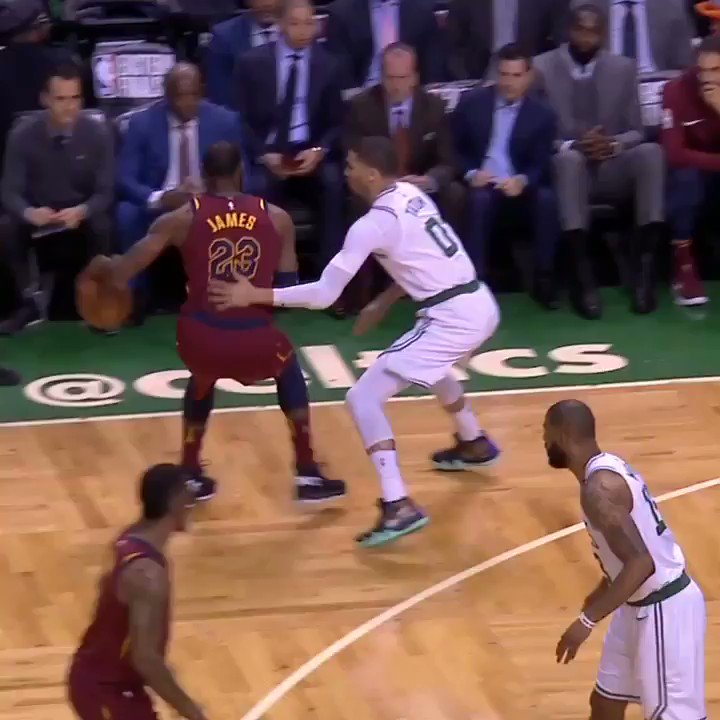 The @celtics had 36 points after the first quarter.  The Cavs have 35 points at the half. �� https://t.co/4qAYPVFPwa