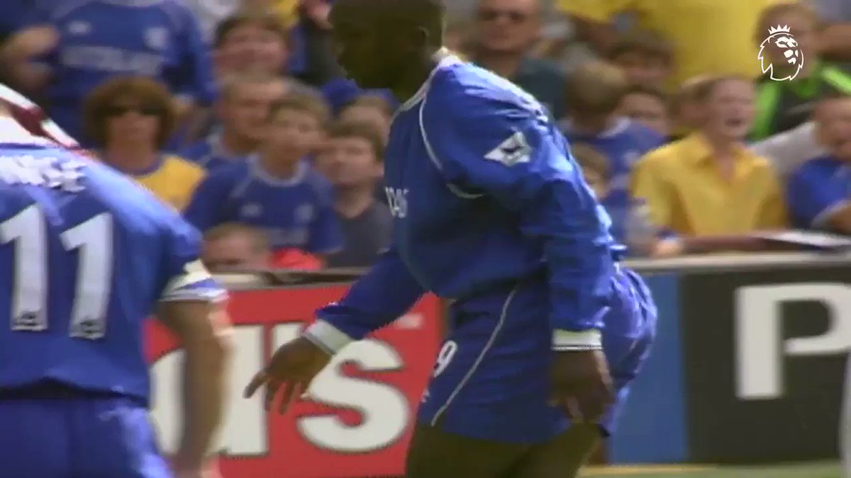 'Stanic. Stanic...Oh yes!'  Imagine scoring that goal on your #PL debut ��  #PLMoment @ChelseaFC https://t.co/iTsk7S1sTz