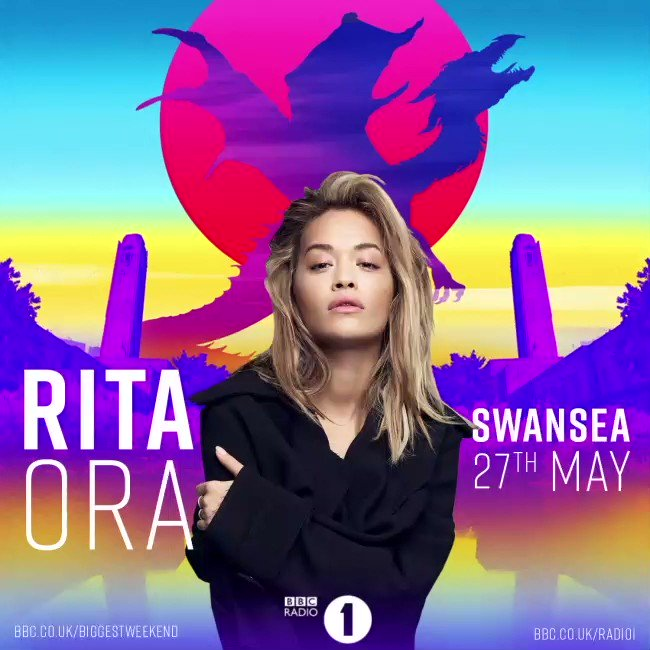 Less than 5 days until @BBCR1 's #BiggestWeekend ! But first, Paris!! See you tonight. ❤️❤️ https://t.co/1Cx6xaCcfg https://t.co/1nZjntyBvB