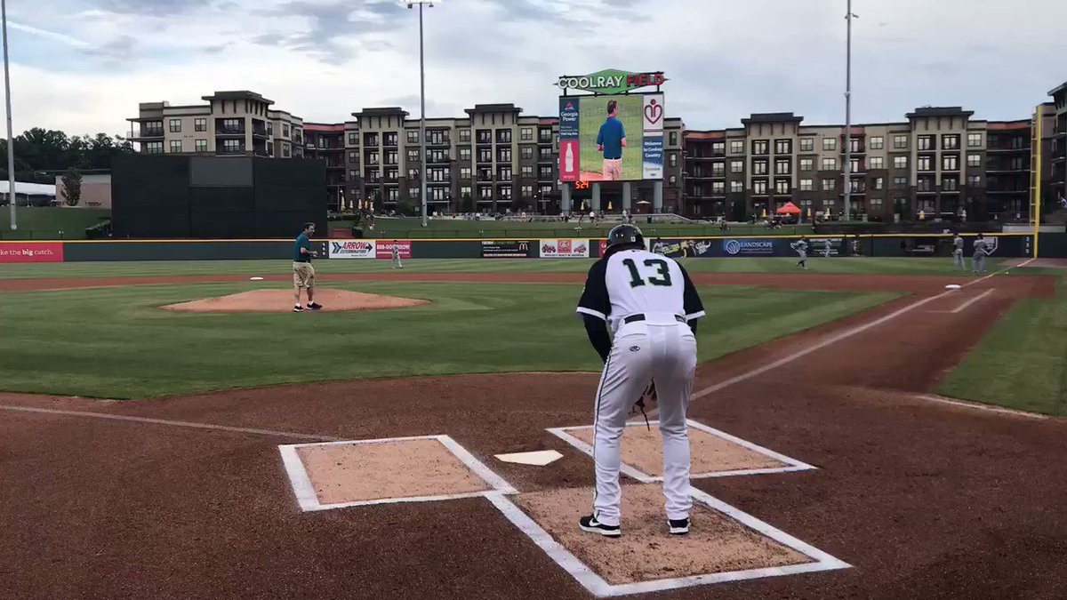 Thanks to @wsbradio for having @ClarkHoward throw out our first pitch at tonight's game! https://t.co/8zb53ePuad
