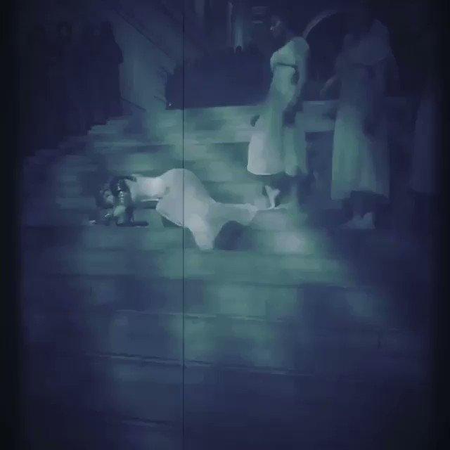 Even Saints Rip their. dress...........???? #metgala #halleluia #magic ????????. #maecouture https://t.co/NaEWVjIeAA