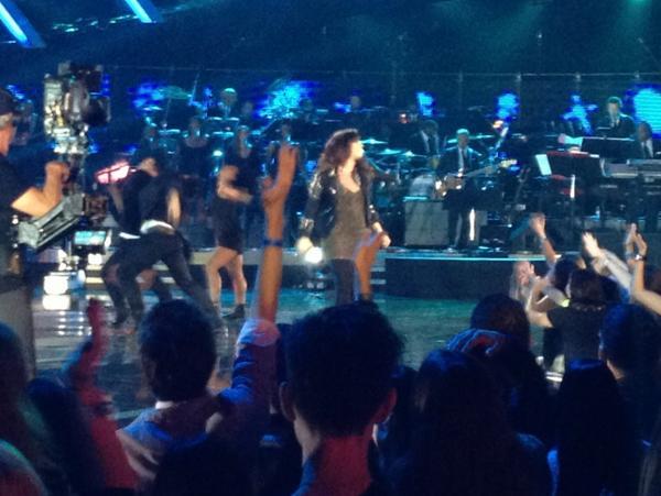 If @ddlovato says dance WE WILL DANCE! #VH1DIVAS #Lovatics http://t.co/8CZyO4wb