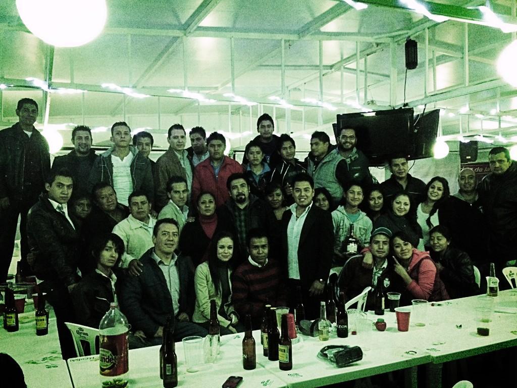 Este es el gran equipo Culichi #Ibero y #Cholula Les damos las gracias y les deseamos Feliz Navidad y El mejor 2013! http://t.co/Eej5TXGa